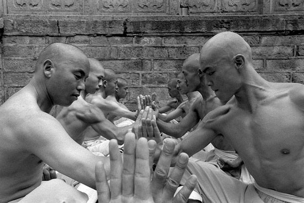 tomasz-gudzowaty-shaolin-monks-05
